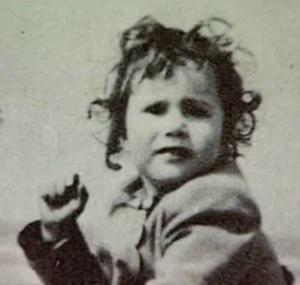Lesley Gibb enfant la soeur des Bee Gees